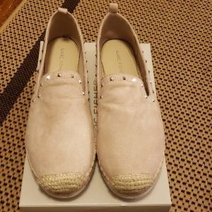 NWT Marc Fisher Light pink studded shoes sz. 8